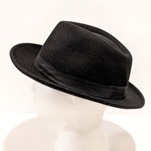 Le Chateau wool black pork pie hat M/L